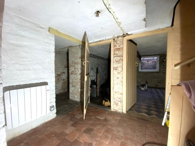 dealing with damp in a victorian cellar